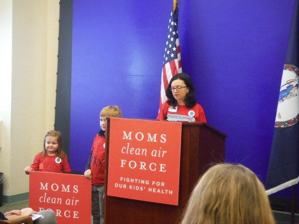 Moms-Clean-Air-Force-MamaSummitVA-Jessica-Claire-Haney-press-conference-speaking3